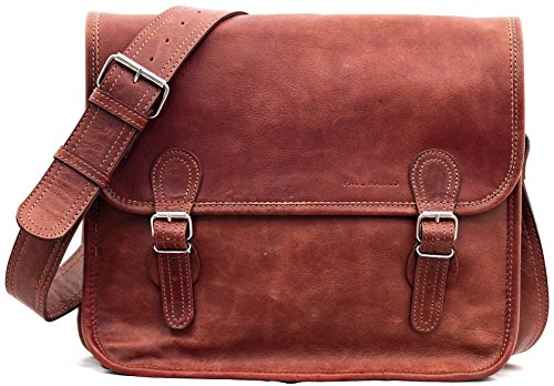 Shoulder bag M, the right size a leather messenger bag with the perfect retro design
