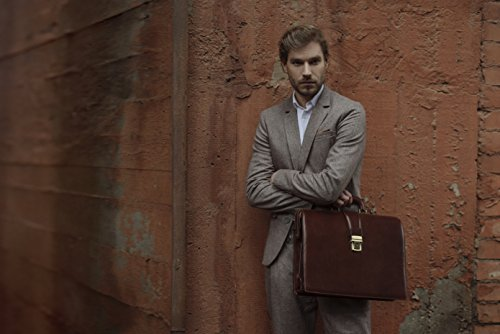 Professional doctor's bag in dark brown by  Time resistance